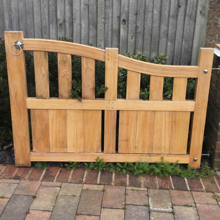 Alvaro Rodriguez garden single gate